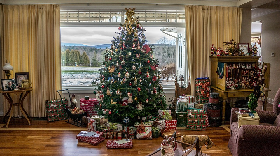christmas-tree-1111031_960_720